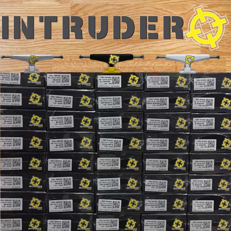 Revendedor intruder trucks